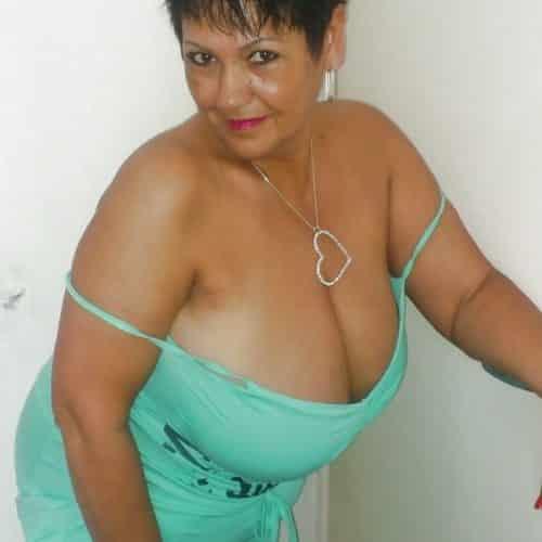 Femme ronde timide cherche rencontre coquine